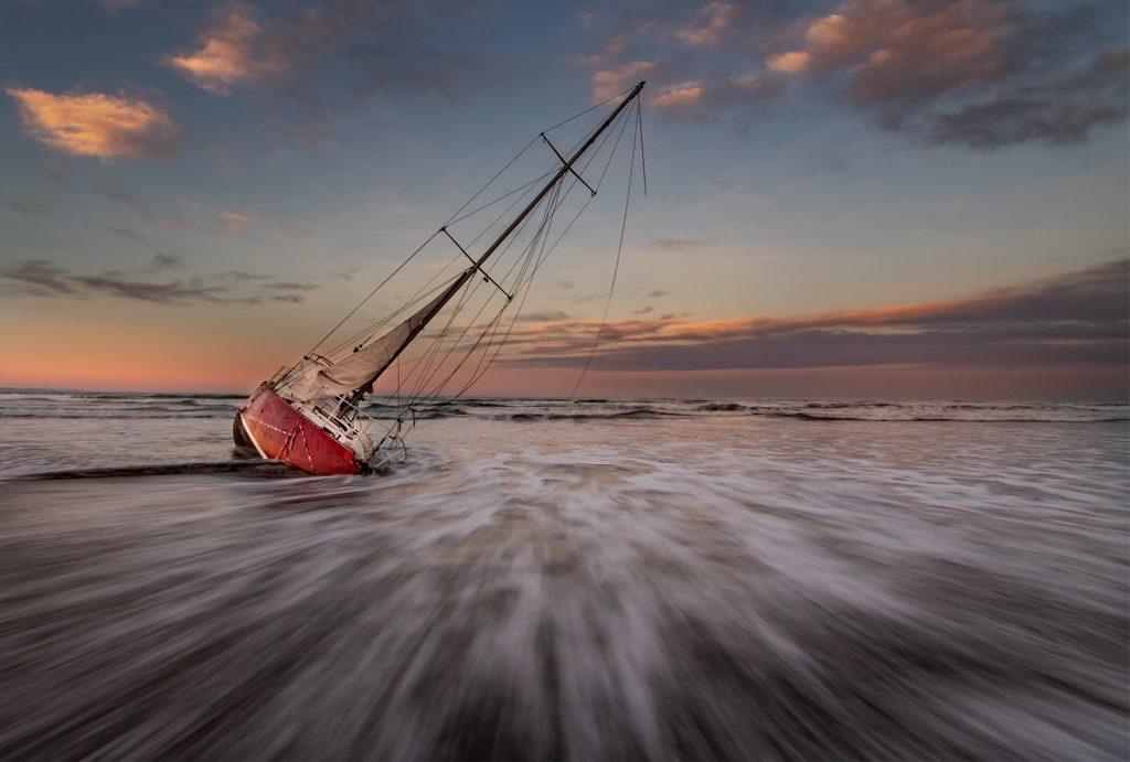 Merlot Stranded - Tracey Perrin